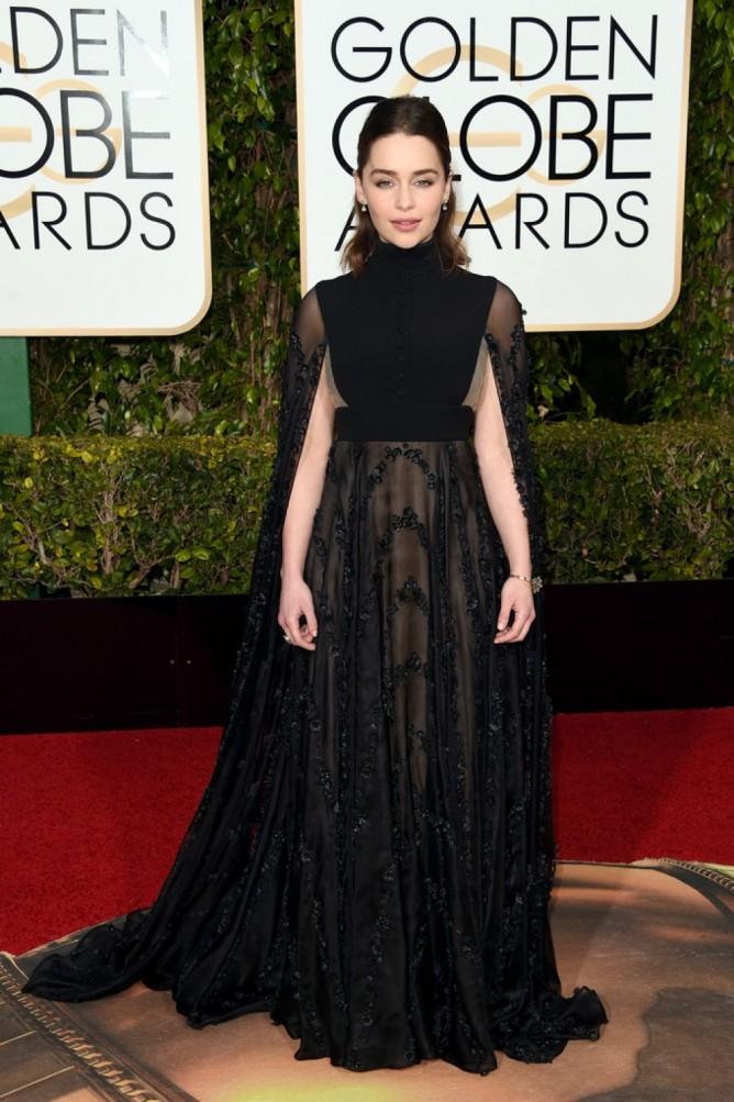 Emilia-Clarke-2016-Golden-Globes-1-1-1024x1539